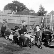 St Anthony's Home, Kew, children in cars